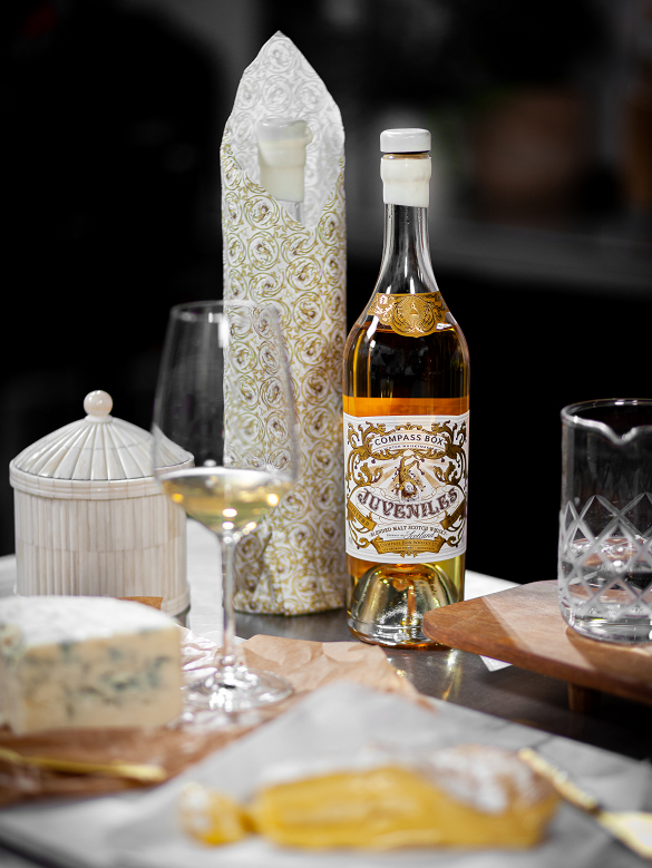 Compass Box's collaboration with Paris wine bar Juveniles Bistrot à Vins, paired here with Baron Bigod and Beenleigh Blue