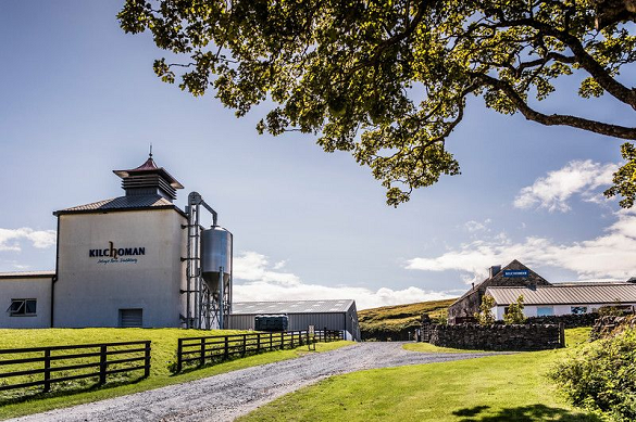 Nope, not an HGV in sight! The driveway to Kilchoman Distillery, Islay